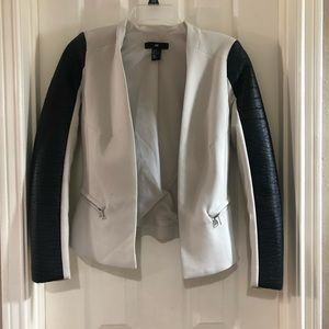 HM open blazer